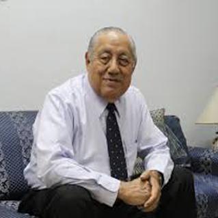 Dr. Enrique Guang Tapia